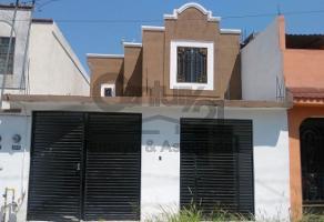 Foto de casa en venta en  , los cristales, guadalupe, nuevo león, 0 No. 01