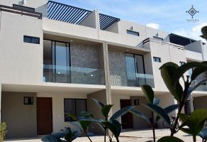 Foto de casa en venta en  , los paraísos, zapopan, jalisco, 6949204 No. 01