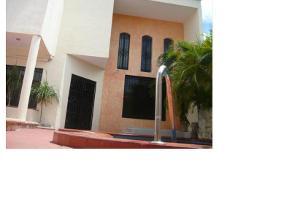 Foto de casa en venta en  , malibrán, carmen, campeche, 12761146 No. 01