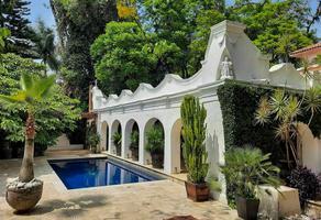 Foto de casa en venta en  , miraval, cuernavaca, morelos, 16894295 No. 01