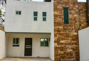 Foto de casa en venta en  , miraval, cuernavaca, morelos, 18720407 No. 01