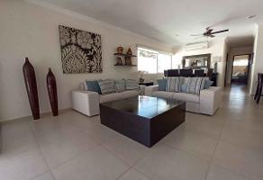 Foto de departamento en venta en  , montecristo, mérida, yucatán, 13971228 No. 01