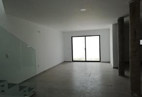 Foto de casa en venta en paseo de la torre 79, el alcázar (casa fuerte), tlajomulco de zúñiga, jalisco, 0 No. 01