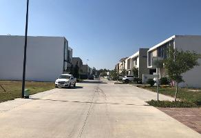 Foto de terreno habitacional en venta en paseo de la toscana , la mojonera, zapopan, jalisco, 12350838 No. 01