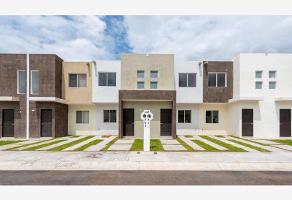 Foto de casa en venta en  , paseos del pedregal, querétaro, querétaro, 10419343 No. 01