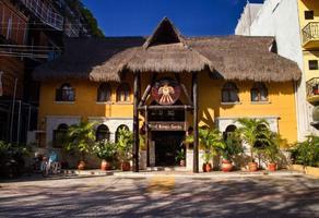 Foto de edificio en venta en  , playa del carmen, solidaridad, quintana roo, 17652341 No. 01