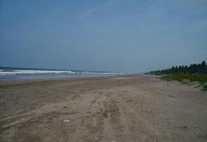 Foto de terreno habitacional en venta en  , playa novillero, tecuala, nayarit, 17829899 No. 01