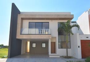 Foto de casa en renta en  , plutarco elias calles cura hueso, centro, tabasco, 13940063 No. 01