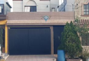 Foto de casa en venta en  , prados del rey, santa catarina, nuevo león, 11227432 No. 01