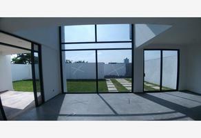 Foto de casa en venta en principal , tlayacapan, tlayacapan, morelos, 0 No. 01