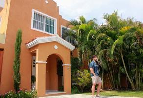 Foto de casa en venta en  , privada palma corozal, mérida, yucatán, 0 No. 01