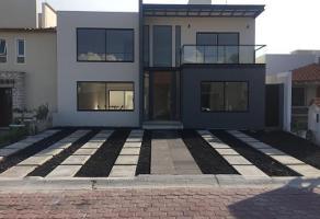 Foto de casa en venta en pueblo nuevo , pueblo nuevo, corregidora, querétaro, 14366341 No. 01