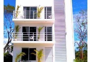 Foto de edificio en venta en  , puerto morelos, benito juárez, quintana roo, 14157441 No. 01