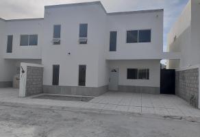 Foto de casa en venta en  , quintas del desierto ii, gómez palacio, durango, 8612189 No. 01