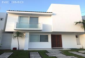 Foto de casa en venta en quintas kavanayen 108, supermanzana 326, benito juárez, quintana roo, 22126127 No. 01