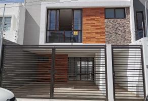 Foto de casa en venta en  , rancho san josé xilotzingo, puebla, puebla, 15360310 No. 01
