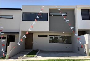 Foto de casa en venta en  , residencial victoria, zapopan, jalisco, 12326148 No. 01