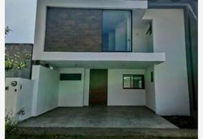 Foto de casa en venta en  , rincón del bosque, colima, colima, 10240003 No. 01