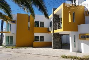Foto de casa en venta en s/c , paseo del saltito, durango, durango, 9144857 No. 01