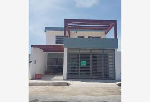 Foto de casa en venta en sn , bicentenario, othón p. blanco, quintana roo, 20150523 No. 01