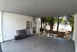 Foto de casa en venta en s/n , bosques de san josé, santiago, nuevo león, 14962472 No. 02