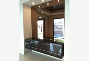 Foto de casa en venta en s/n , del valle, san pedro garza garcía, nuevo león, 15123820 No. 01