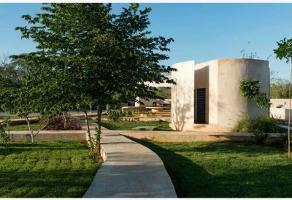 Foto de terreno habitacional en venta en sn , jardines de poniente, mérida, yucatán, 0 No. 02