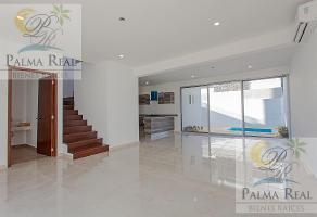 Foto de casa en venta en  , supermanzana 326, benito juárez, quintana roo, 17806502 No. 01
