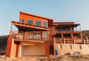 Foto de casa en venta en  , tecate, tecate, baja california, 17178904 No. 01