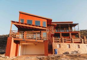 Foto de casa en venta en  , tecate, tecate, baja california, 17491359 No. 01