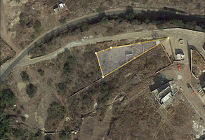Foto de terreno habitacional en venta en teneria , marfil centro, guanajuato, guanajuato, 8702401 No. 01