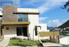 Foto de casa en venta en  , valle de bosquencinos 1era. etapa, monterrey, nuevo león, 7676085 No. 01