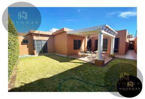 Foto de casa en venta en  , valle de las palmas, saltillo, coahuila de zaragoza, 19215290 No. 01