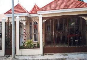 Foto de casa en venta en  , vicente solis, mérida, yucatán, 14047212 No. 01