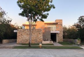 Foto de casa en renta en  , yucatan, mérida, yucatán, 14352330 No. 01