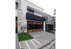 Foto de casa en venta en  , zona valle poniente, san pedro garza garcía, nuevo león, 15145858 No. 01
