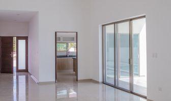 Foto de casa en venta en Komchen, Mérida, Yucatán, 5371656,  no 01