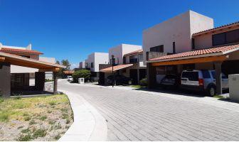 Foto de casa en venta y renta en Balvanera Polo y Country Club, Corregidora, Querétaro, 14440242,  no 01