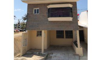 Foto de casa en venta en FOVISSSTE, Coatzacoalcos, Veracruz de Ignacio de la Llave, 6934053,  no 01