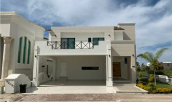 Foto de casa en venta en Marina Mazatlán, Mazatlán, Sinaloa, 21974314,  no 01