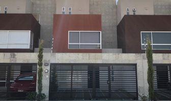 Foto de casa en venta en Armando Neyra Chavez, Toluca, México, 17362240,  no 01