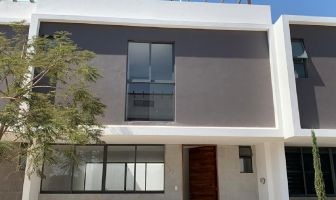 Foto de casa en venta en Los Gavilanes, Tlajomulco de Zúñiga, Jalisco, 12294869,  no 01
