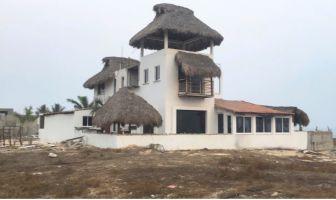 Foto de casa en venta en Bajos de Chila, San Pedro Mixtepec Dto. 22, Oaxaca, 6962997,  no 01