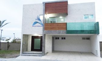 Foto de casa en venta en Lomas de Angelópolis, San Andrés Cholula, Puebla, 12744500,  no 01