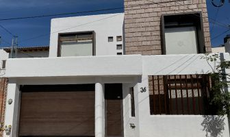Foto de casa en venta en Álamos 3a Sección, Querétaro, Querétaro, 13647007,  no 01
