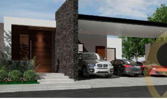 Foto de casa en venta en Loma Bonita, Monterrey, Nuevo León, 12980950,  no 01