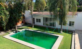 Foto de edificio en venta en Miraval, Cuernavaca, Morelos, 15627429,  no 01