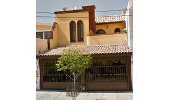 Foto de casa en venta en  , administración fiscal regional norte centro, torreón, coahuila de zaragoza, 9672312 No. 01