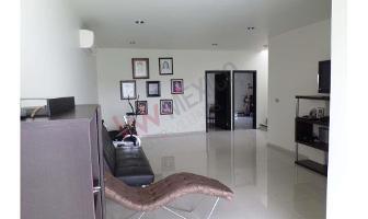 Foto de casa en venta en av, bicentenario 111, el country, centro, tabasco, 9025168 No. 01