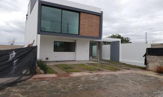Foto de casa en venta en avenida paseo del anochecer #1207 1207, solares, zapopan, jalisco, 0 No. 01